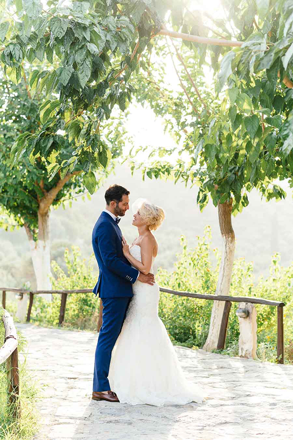 bridal-couple-photoshoot-Crete (3)