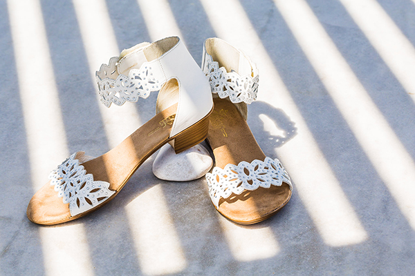 bridal-shoes-for-beach-wedding