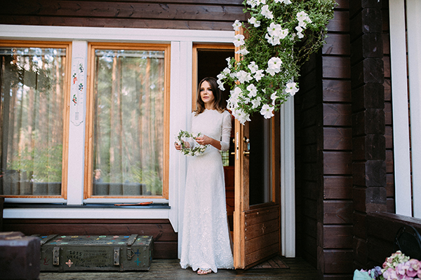 bride-forest-wedding