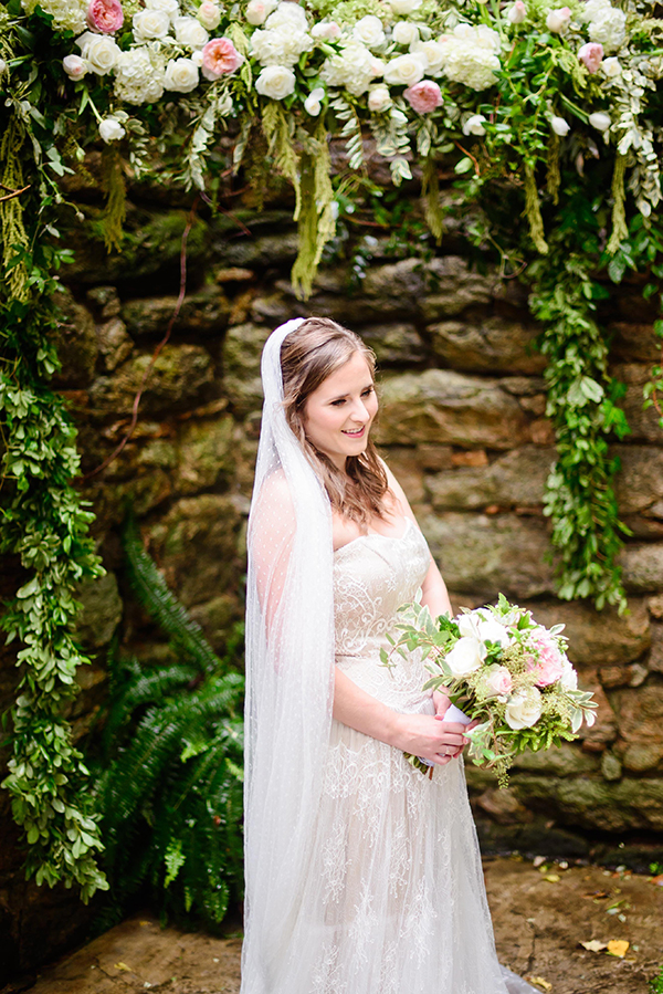 romantic-gown-with-long-veil