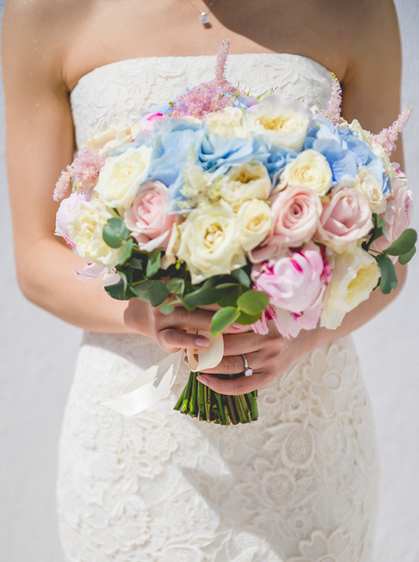 Pink-and-blue-wedding-bouquet