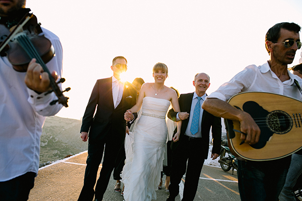 bridal-gown-island-wedding (1)