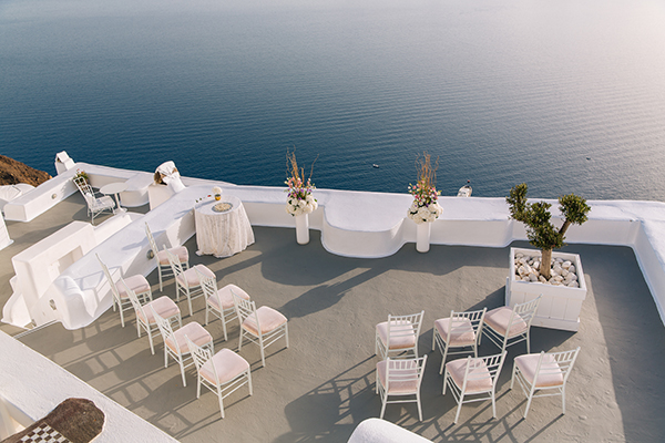 wedding-ceremony-kirini-suits-santorini