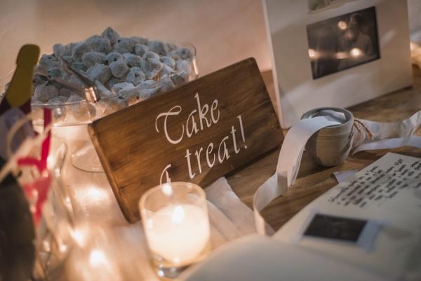 wedding-wishing-table