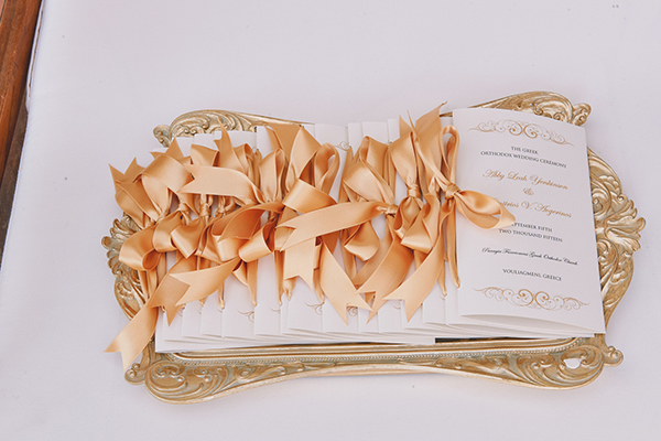 gold-wedding-ideas