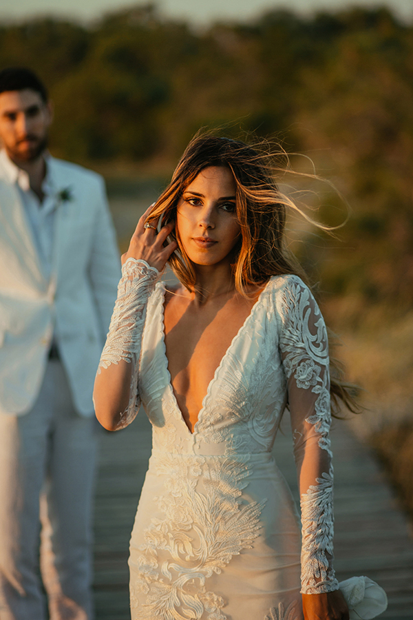 plunging-neckline-wedding-dress
