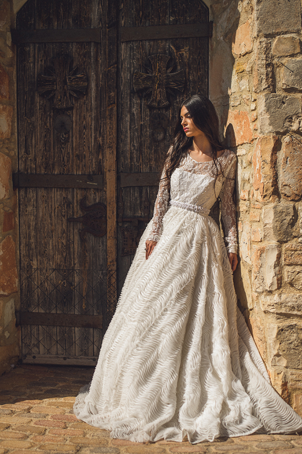 vintage-wedding-dress-long-sleeves (1)