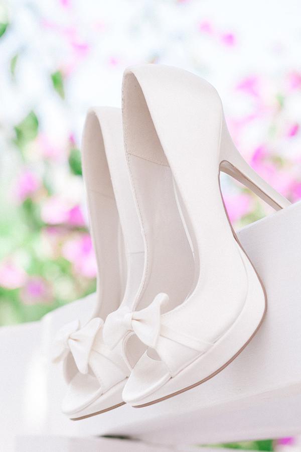 white-bridal-shoes
