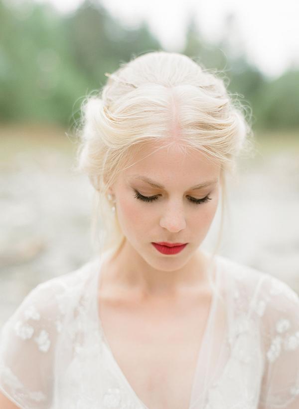 bridal-makeup-blonde