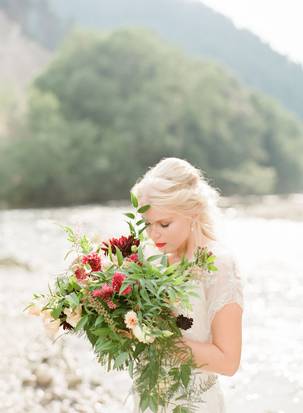 marsala-wedding-flowers-2