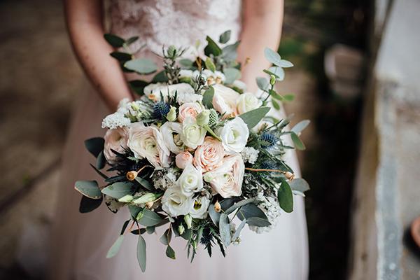 Bouquet Sposa Lisianthus E Rose.Beautiful Styled Shoot In An Italian Villa Chic Stylish Weddings