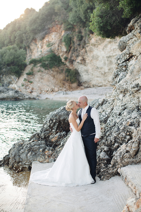 yellow-white-wedding-corfu-48