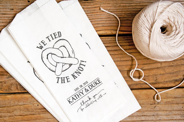 'We tied the knot' poporn bags