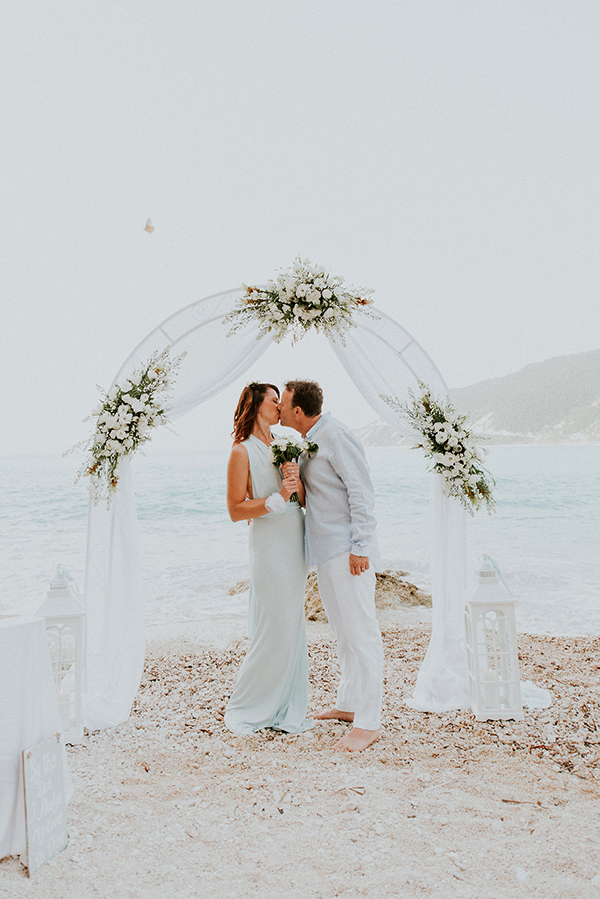 beautiful-beach-elopement-lefkada-1