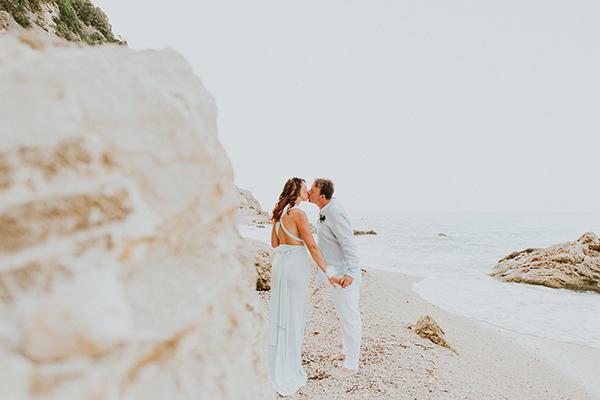 beautiful-beach-elopement-lefkada-17