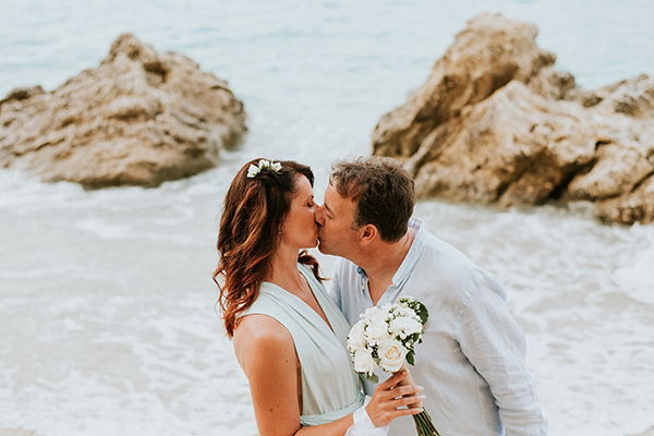 beautiful-beach-elopement-lefkada-19