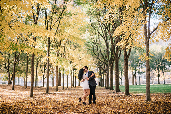 glamorous-wedding-gold-burgundy-colors-2