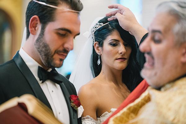 glamorous-wedding-gold-burgundy-colors-28