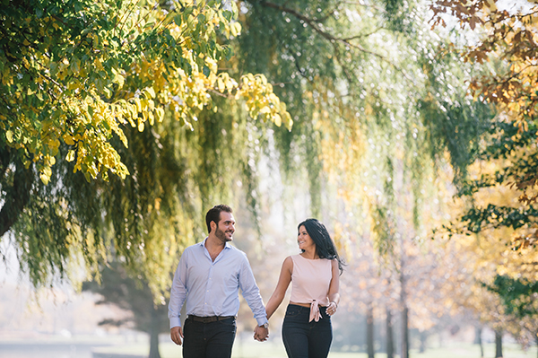 glamorous-wedding-gold-burgundy-colors-3