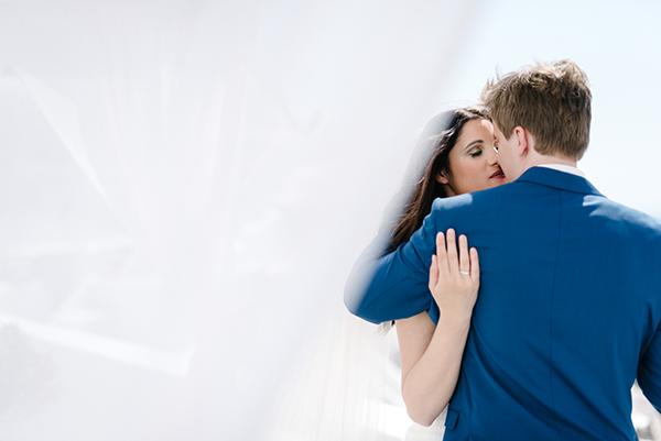 intimate-destination-wedding-santorini-14