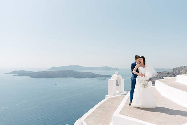 intimate-destination-wedding-santorini-18