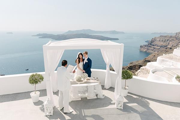 intimate-destination-wedding-santorini-9