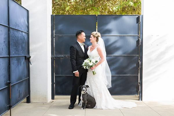 modern-gold-and-green-wedding-18