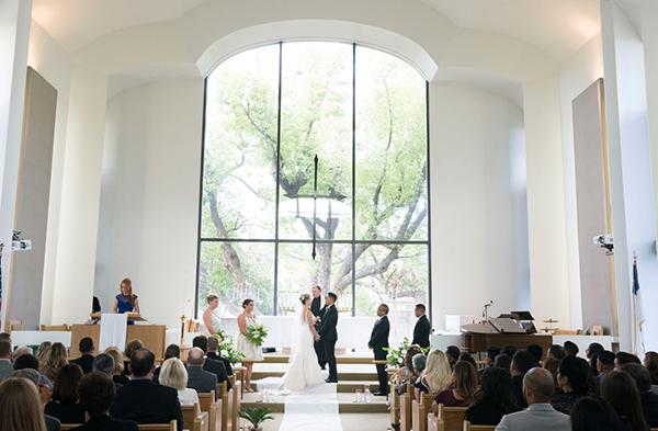 modern-gold-and-green-wedding-26