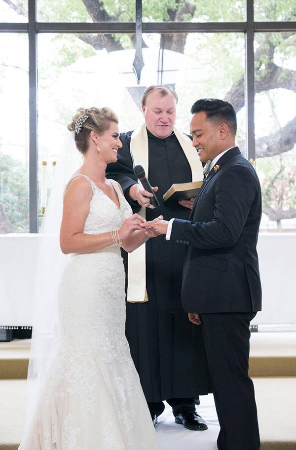 modern-gold-and-green-wedding-27