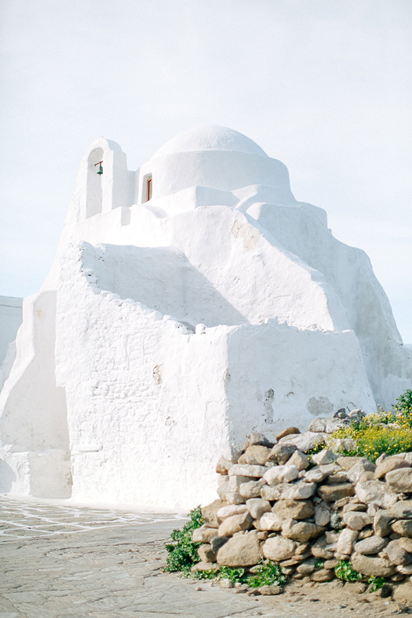 beautiful-ethereal-shoot-Mykonos-13