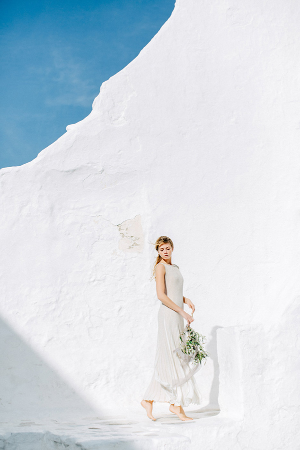 beautiful-ethereal-shoot-Mykonos-3