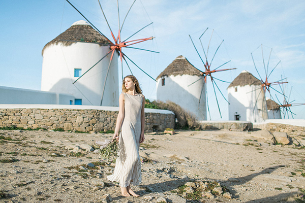 beautiful-ethereal-shoot-Mykonos-6