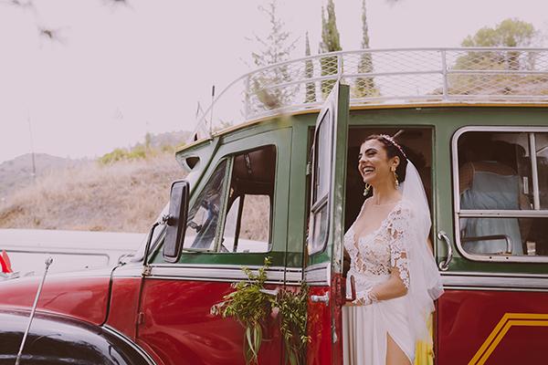 beautiful-rustic-wedding-in-cyprus-11