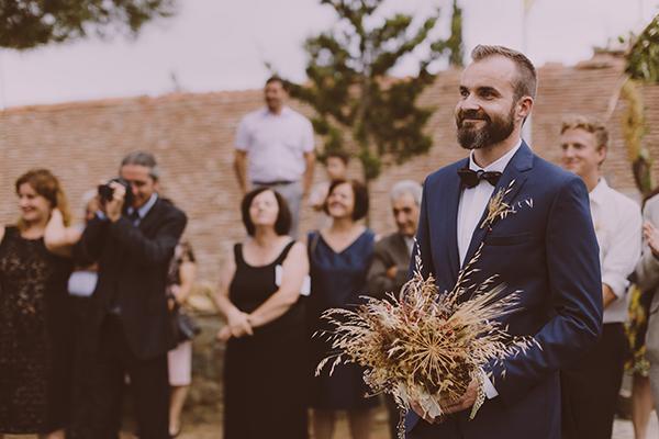 beautiful-rustic-wedding-in-cyprus-13
