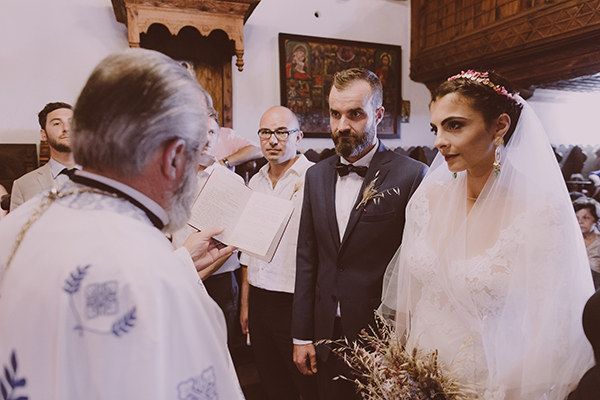 beautiful-rustic-wedding-in-cyprus-17