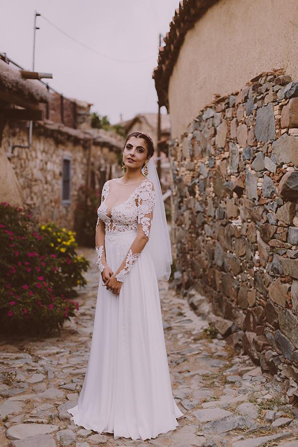 beautiful-rustic-wedding-in-cyprus-32