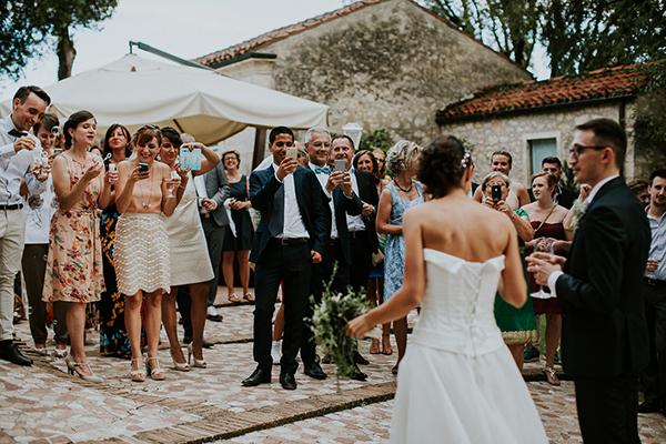beautiful-rustic-wedding-italy-26