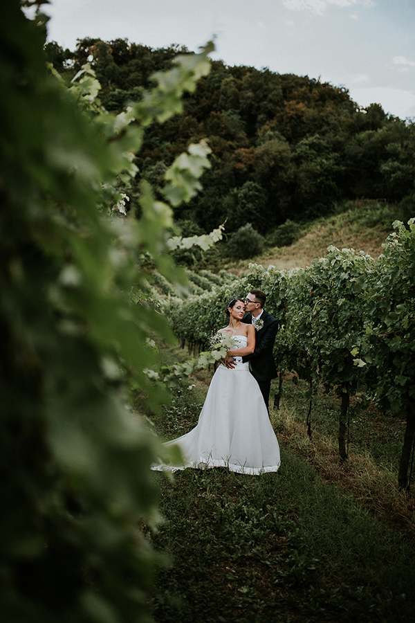 beautiful-rustic-wedding-italy-30