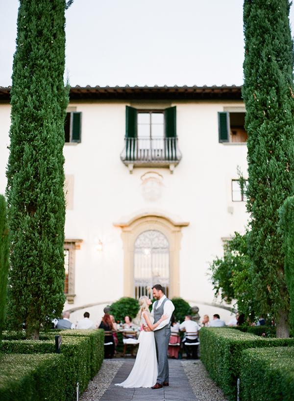 beautiful-villa-wedding-in-tuscany-27