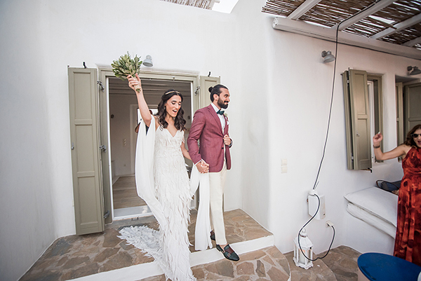 bohemian-destination-wedding-in-mykonos-23