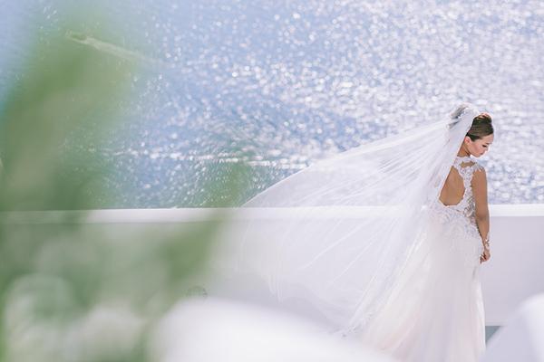 chic-destination-wedding-Santorini-1