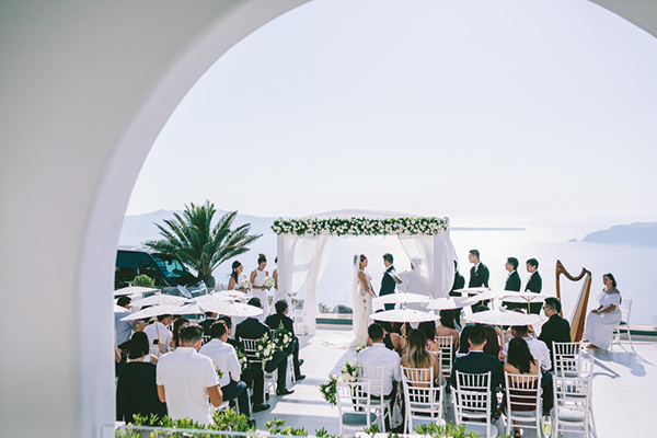 chic-destination-wedding-Santorini-27