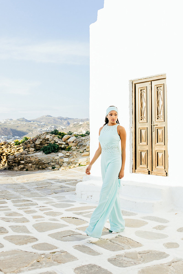 gorgeous-fashion-shoot-in-Mykonos-17