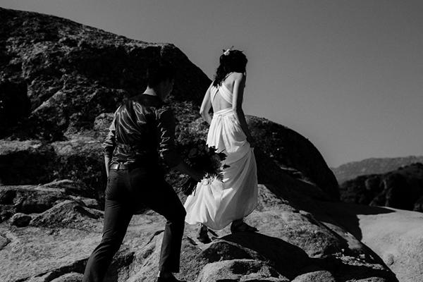 romantic-elopement-meteora-14