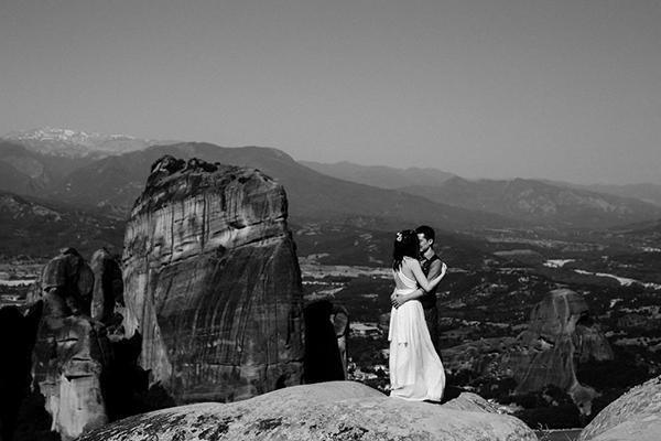 romantic-elopement-meteora-15