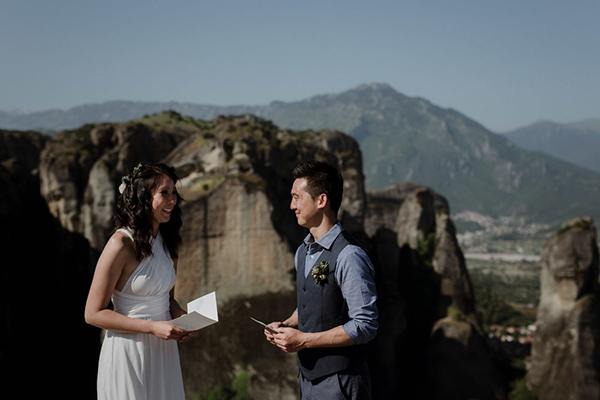 romantic-elopement-meteora-16