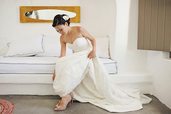 tropical-colorful-wedding-santorini-10