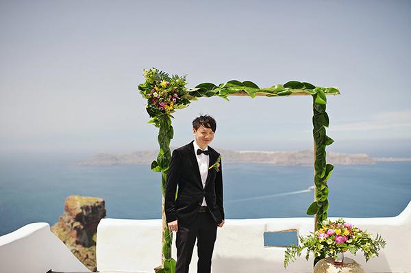 tropical-colorful-wedding-santorini-11
