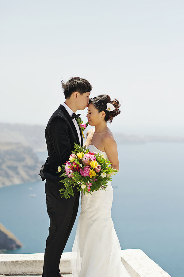 tropical-colorful-wedding-santorini-14