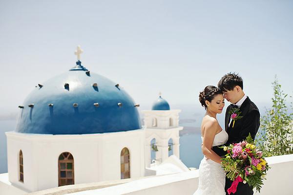 tropical-colorful-wedding-santorini-16